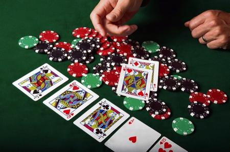Online poker banned in america